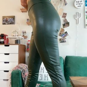 Faux green leather jeggings 💚